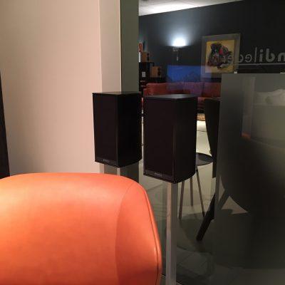 Piega Premium 301 in Showroom Aelivé