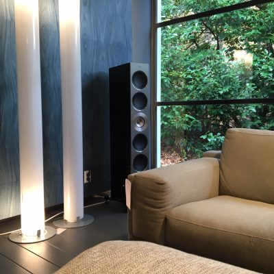 KEF Reference in Showroom Aelivé