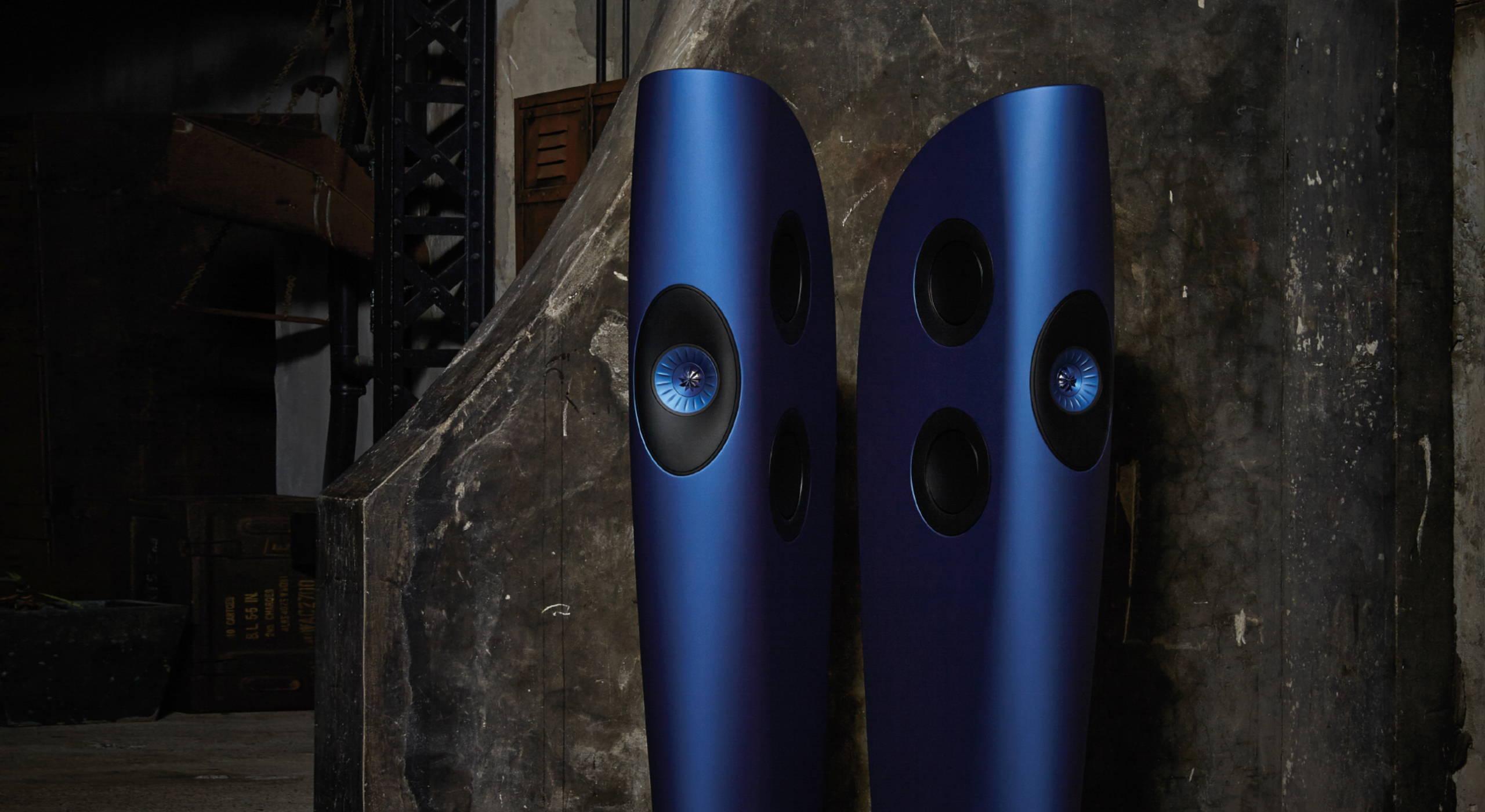 KEF Blade blauw