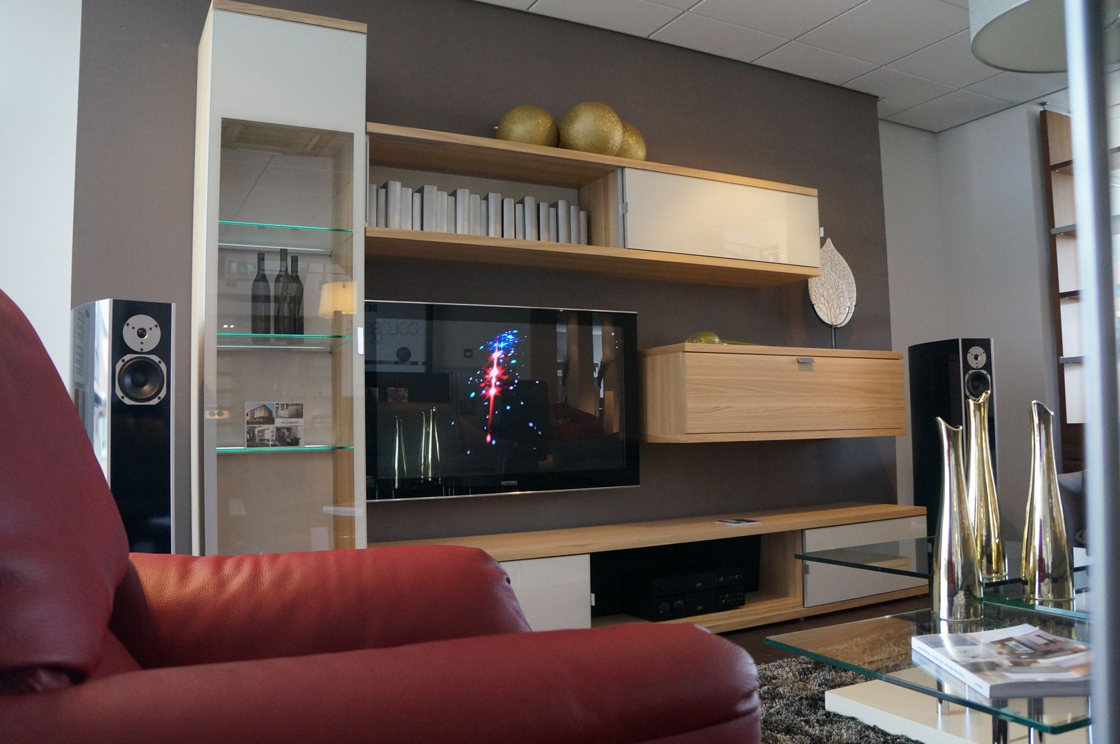 van buren audio design in woonkamer